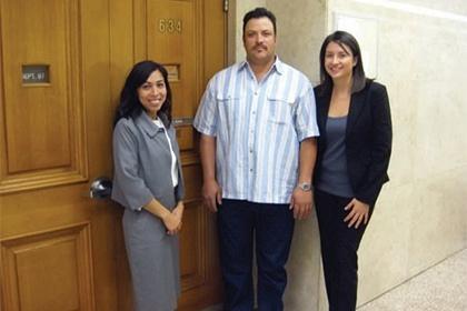 Angélica Ochoa '09, Francisco Gonzalez and Sarah Day '09